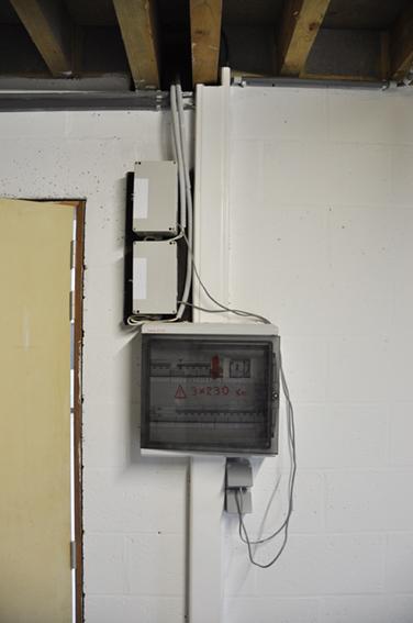 Installation boitier hors véranda